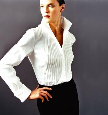 Белая рубашка классического фасона
