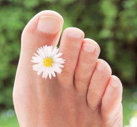 Грибок стопы: причины возникновения, симптомы, лечение, народные средства от грибка