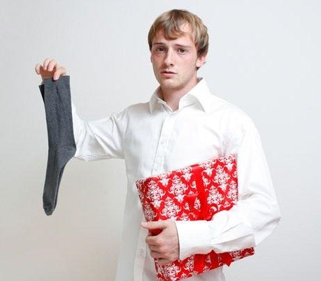 Что не нужно дарить мужчине: топ-5 самых плохих подарков для мужчины