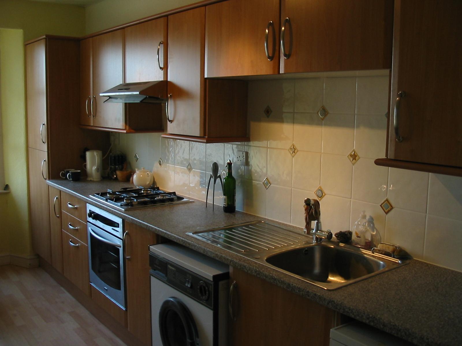 Фартук на кухню из керамической плитки