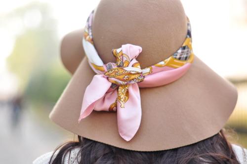 Платок для украшения шляпки