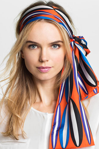 7 способов носить шейный или головной платок (ФОТО)