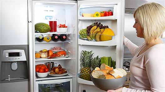 как предотвратить появление неприятного запаха в холодильнике