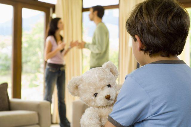 Как рассказать ребенку о разводе родителей