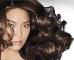 Как добиться объема волос