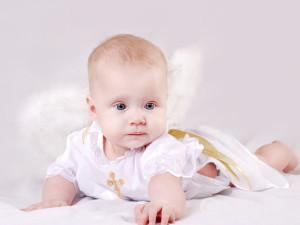 Что дарить на крестины мальчику