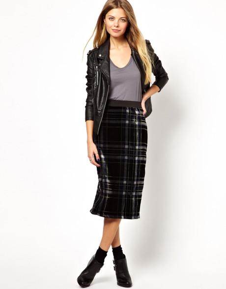 С чем носить юбку в клетку: модные образы (фото)