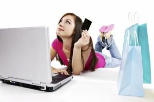 Как сэкономить на покупке одежды, обуви и аксессуаров в интернете?