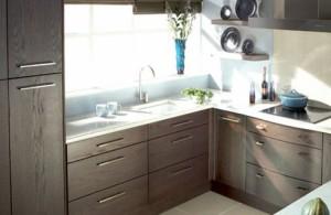 Как визуально увеличить маленькую кухню: полезные советы и фото
