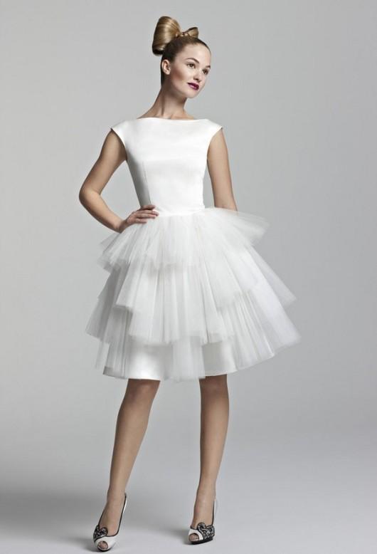 короткие свадебные платья