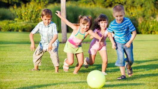 почему для ребенка важно уметь дружить