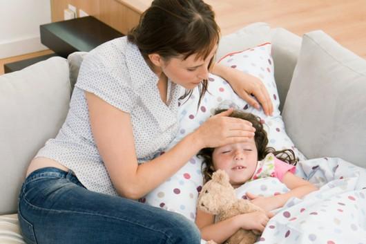 ребенок заболел: что делать до вызова врача