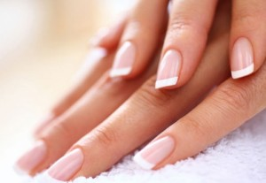 Как отбелить ногти в домашних условиях быстро и эффективно