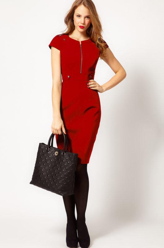 красное летнее платье для офиса