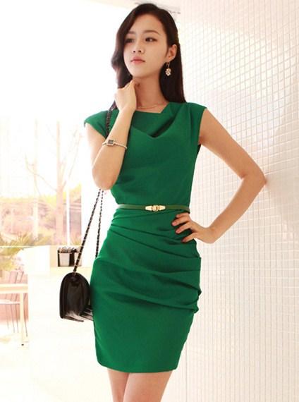 зеленое летнее платье для офиса