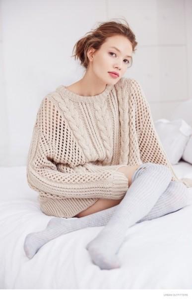 модные женские свитера косы