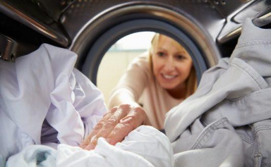 как убрать пятна ржавчины с белой одежды