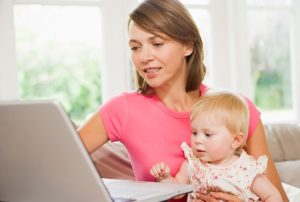 Как заработать в декрете на дому без вложений