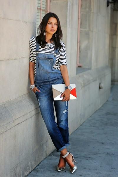 С чем носить джинсовый комбинезон (ФОТО)