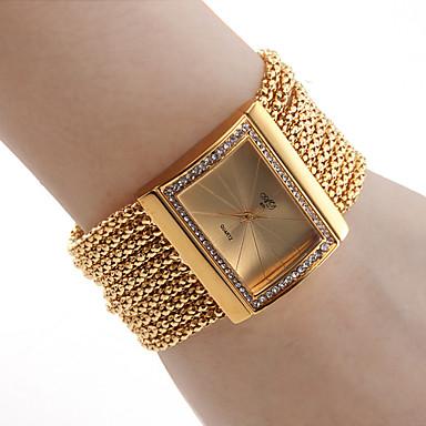 модные золотые женские часы