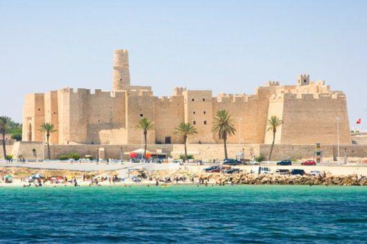 Тунис в октябре