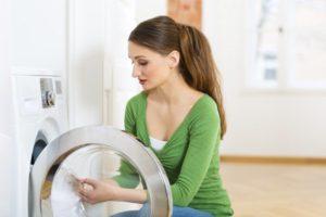 Проблемы со стиральной машиной: вода на полу во время стирки