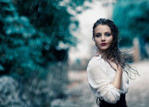 К чему снится дождь во сне для женщины
