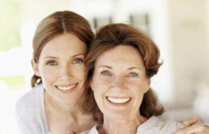 Что подарить маме на 55-летний юбилей: идеи подарков