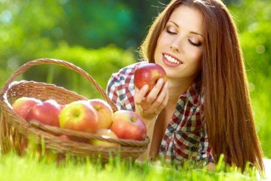 чистка кишечника яблоками