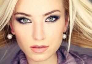 Простые советы, как ухаживать за лицом и правила нанесения макияжа