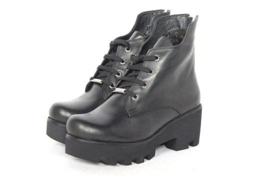 модные ботинки на толстой подошве
