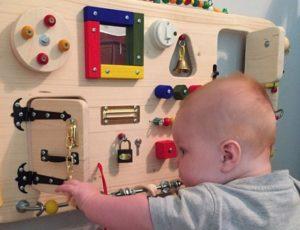 Что такое бизиборд для детей