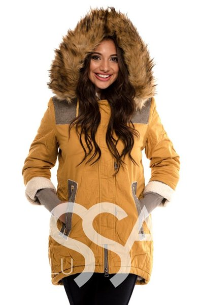 зимние женские куртки Иссаплюс