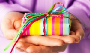 Что подарить другу на день рождения - оригинальный подарок