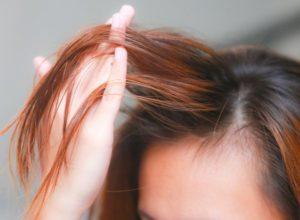 Жирные волосы на следующий день после мытья - что делать