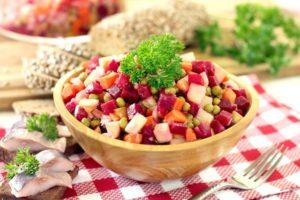 Рецепт винегрета классический с горошком и квашеной капустой