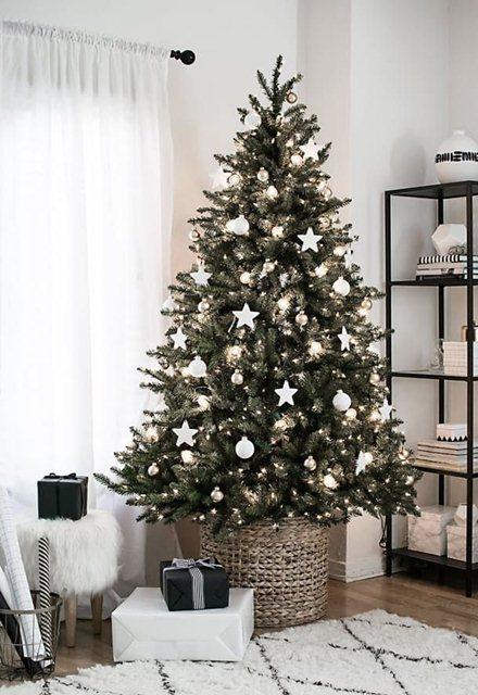 елка Новый год 2018