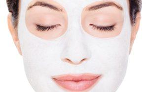 Чем полезна омолаживающая маска для лица