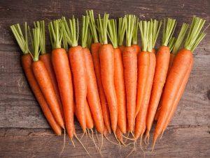 Как правильно сажать морковь, чтобы получить хороший урожай