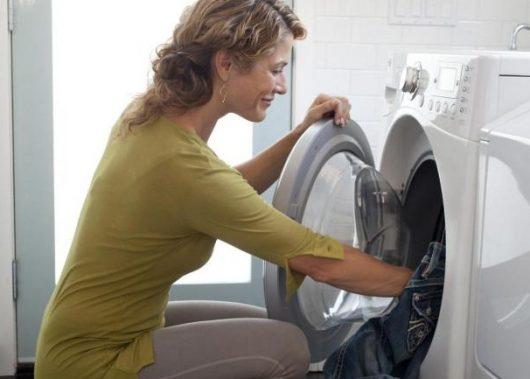 стиральная машина запах