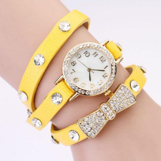 часы женские с ремешками