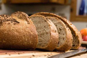 Какой хлеб полезнее: советы диетолога