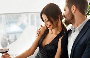 Как понять, мужчина флиртует или просто мило общается