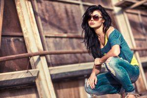 Модные джинсы 2019: новинки и тренды (ФОТО)