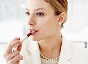 Офисный макияж: 8 заповедей удачного делового образа