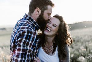 Мужчина-Лев - женщина-Дева: совместимость в любви и браке